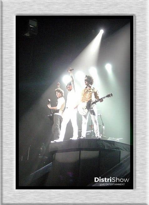 Jonas Brothers booking
