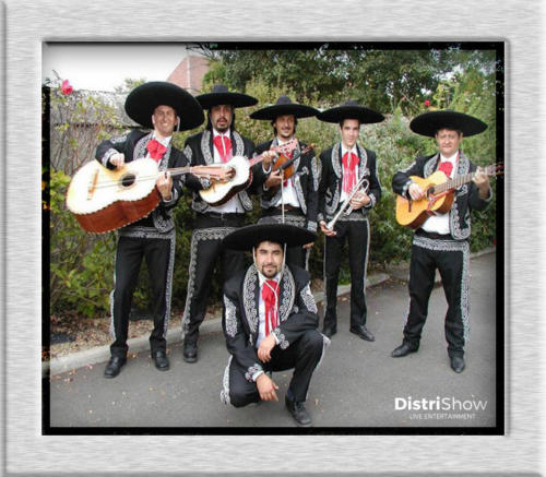 Les Mariachis booking