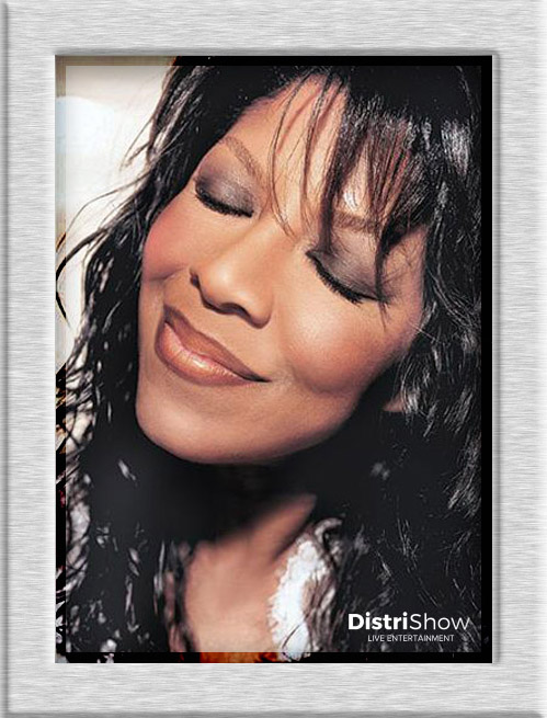 Natalie Cole booking