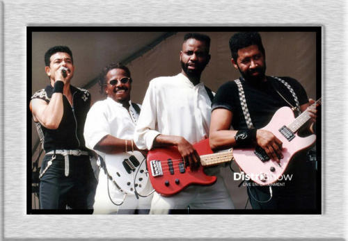 The Commodores booking